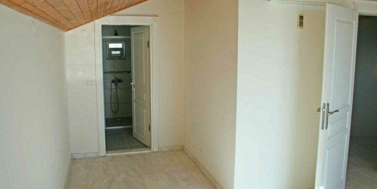 199000 Euro Sea View Villa For Sale in Alanya Tepe 21