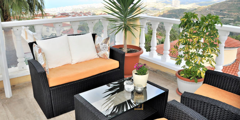 209000 Euro Sea View Villa For Sale in Alanya 19
