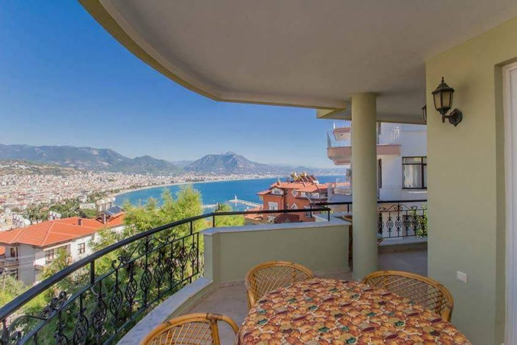 219900 Euro Sea View House For Sale in Alanya