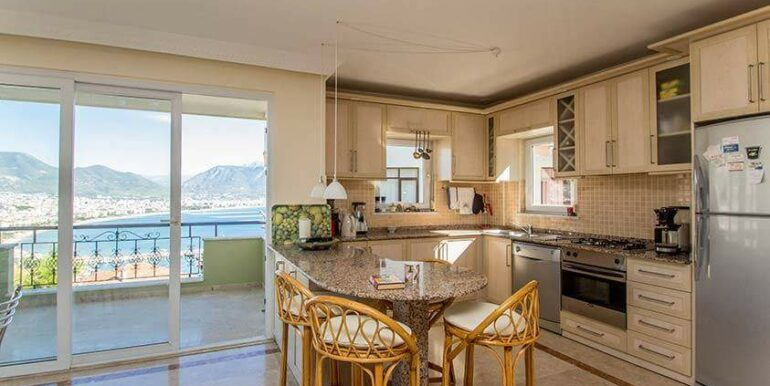219900 Euro Sea View House For Sale in Alanya 6