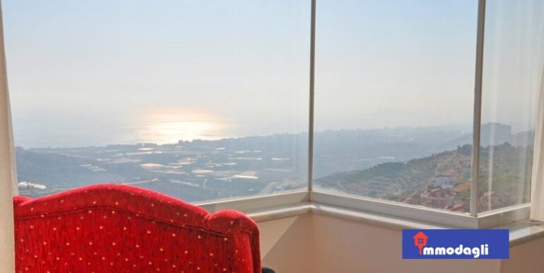 230000 Euro Villa For Sale in Alanya 2