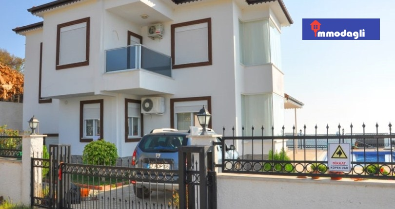 230000 Euro Villa For Sale in Alanya