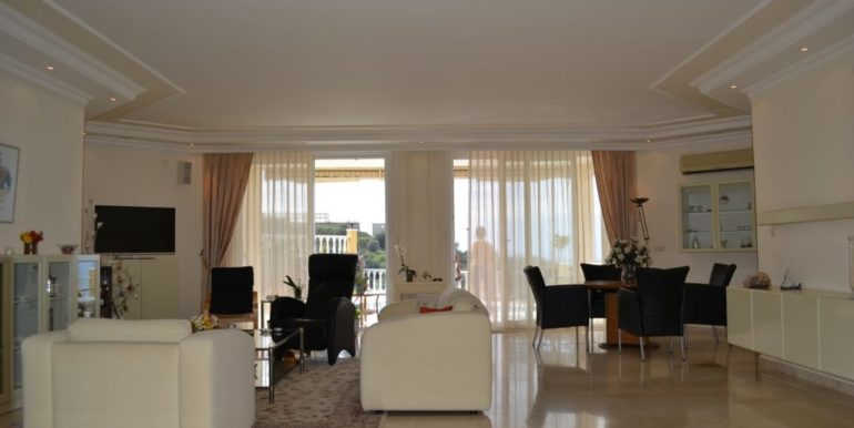249000 Euro Private Villa For Sale in Alanya 7