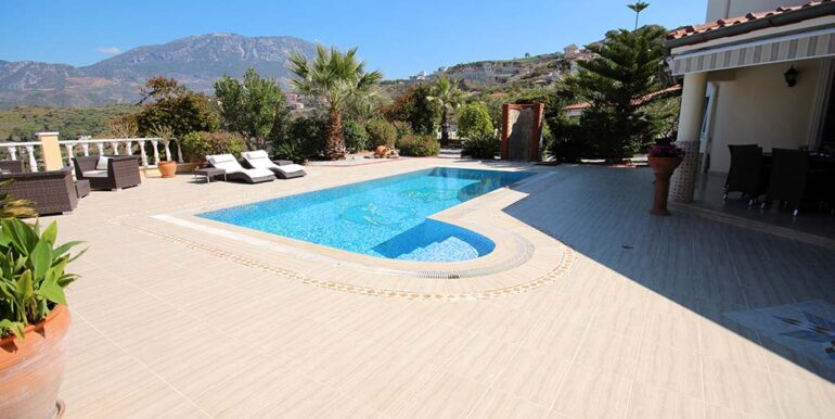 249000 Euro Private Villa Te Koop in Alanya Kargicak 5