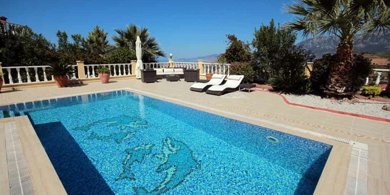 249000 Euro Private Villa Te Koop in Alanya Kargicak 23