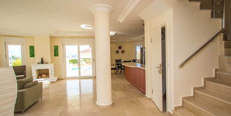 249000 Euro Sea View Villa For Sale in Alanya 65