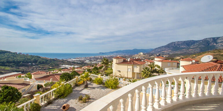 249000 Euro Sea View Villa For Sale in Alanya 70