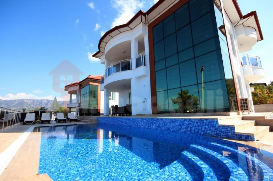 250000 Euro New Villa For Sale in Alanya