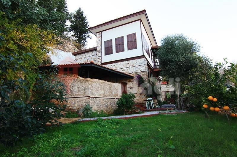 2500000 Euro Antique House For Sale in Alanya
