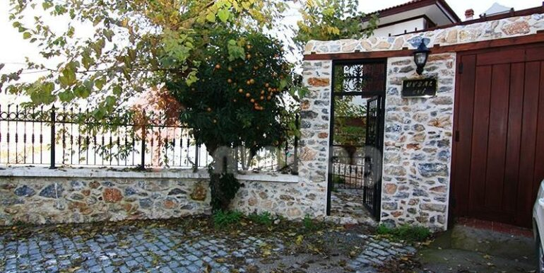 2500000 Euro Antique House For Sale in Alanya 17