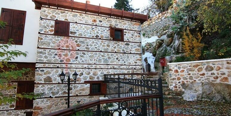 2500000 Euro Antique House For Sale in Alanya 19
