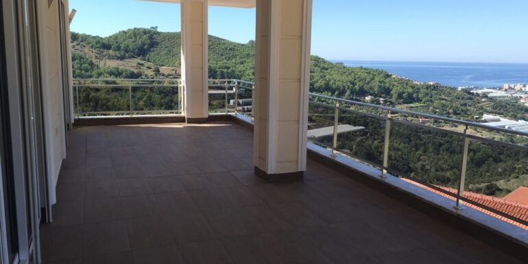 275000 Villa For Sale in Alanya 1