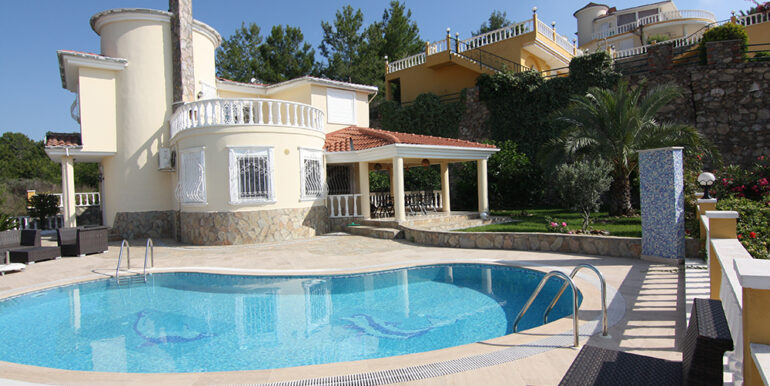 279000 Euro Villa For Sale in Alanya 1