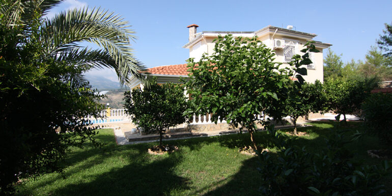 279000 Euro Villa For Sale in Alanya 2