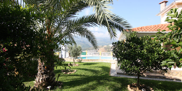 279000 Euro Villa For Sale in Alanya 3