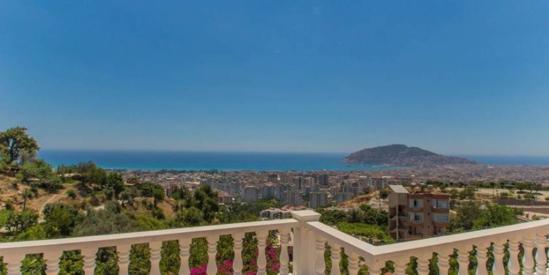 299000 Euro Villa For Sale in Alanya Cikcilli 19