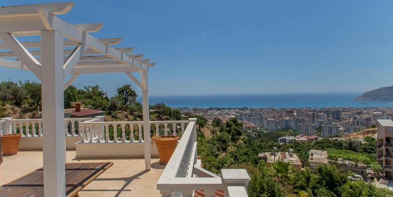 299000 Euro Villa For Sale in Alanya Cikcilli 20