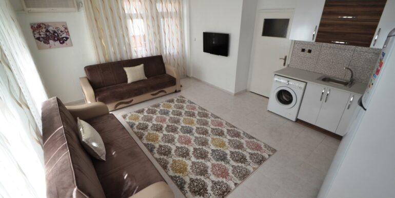 33000 Euro 2 Bedroom Apartment For Sale in Alanya 4