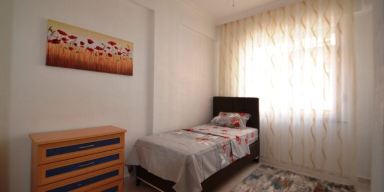 33000 Euro 2 Bedroom Apartment For Sale in Alanya 5