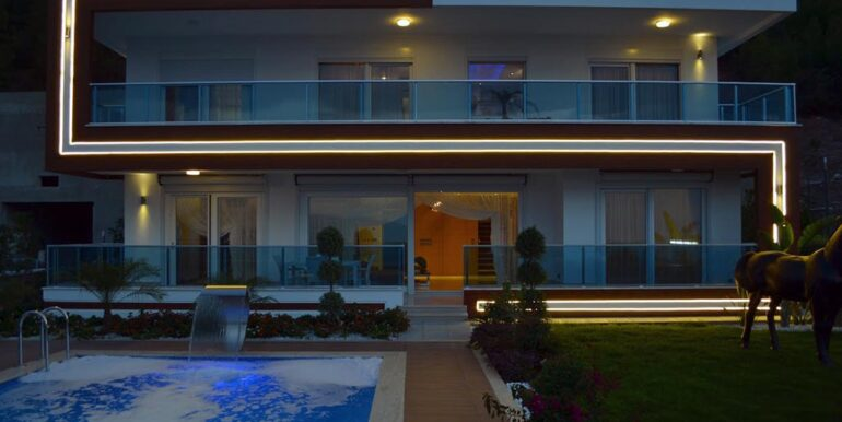 410000 Euro VIP Villa For Sale in Alanya Kargicak 1