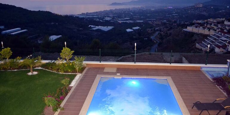 410000 Euro VIP Villa For Sale in Alanya Kargicak 3