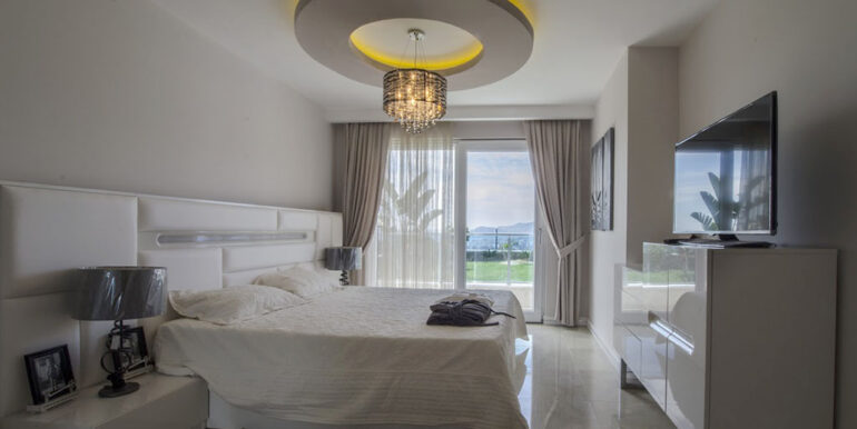 410000 Euro VIP Villa For Sale in Alanya Kargicak 8