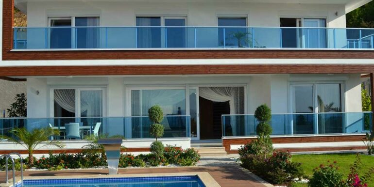 410000 Euro VIP Villa For Sale in Alanya Kargicak 17