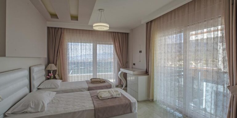 410000 Euro VIP Villa For Sale in Alanya Kargicak 18