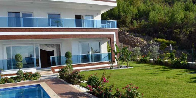 410000 Euro VIP Villa For Sale in Alanya Kargicak 19