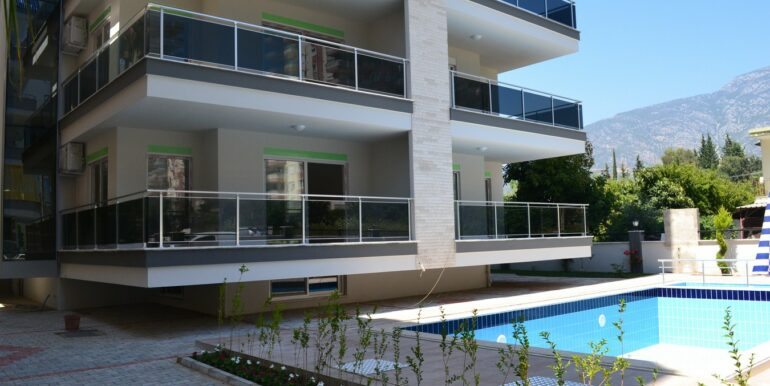 48000 Euro Beachfront Apartments For Sale in Alanya 1