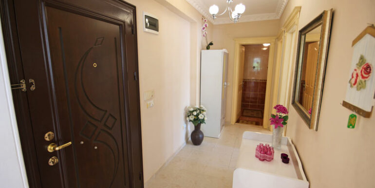 49000 Euro Apartment for Sale in ALanya Mahmutlar 7