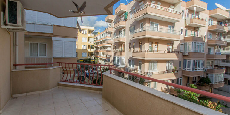 50000 Euro Cleopatra Beach Apartment for Sale in Alanya 3