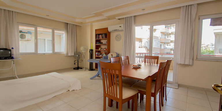 50000 Euro Cleopatra Beach Apartment for Sale in Alanya 5