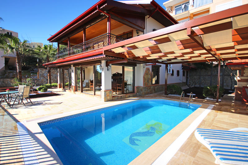 525000 Euro Villa For Sale in Alanya
