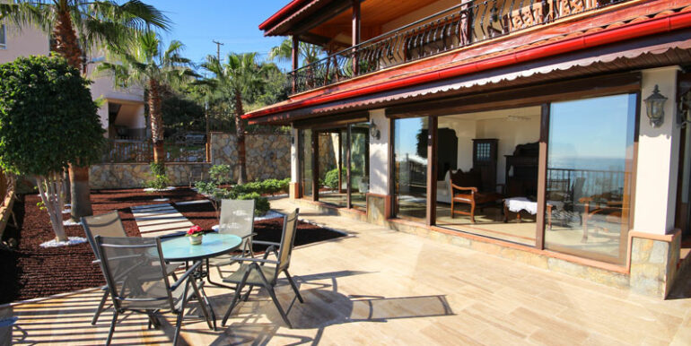 525000 Euro Villa For Sale in Alanya 3