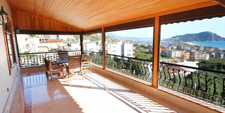 525000 Euro Villa For Sale in Alanya 8