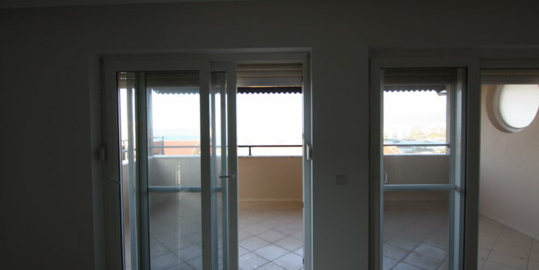 55000 Euro Sea View Apartment For Sale in Alanya 16