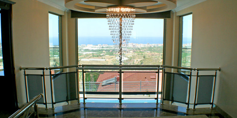 550000 Euro Luxury Villa For Sale in Alanya 23