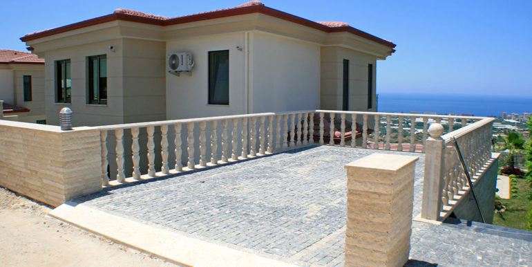 550000 Euro Luxury Villa For Sale in Alanya 45
