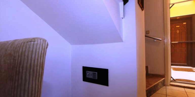 56000 Euro House For Sale in Alanya Konakli 11