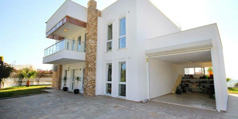 575000 Euro Villa For Sale in Alanya 3