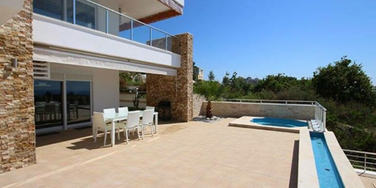 575000 Euro Villa For Sale in Alanya 21