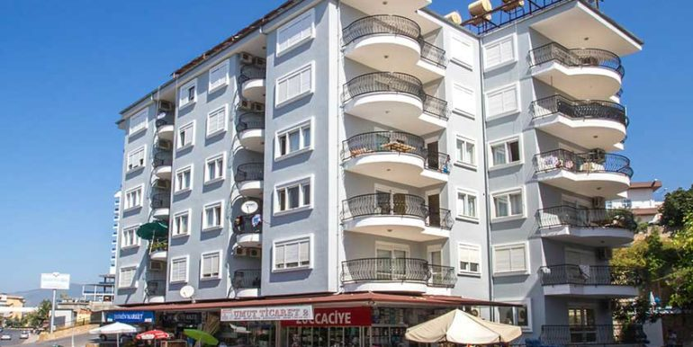 59000 Euro Beachfront Apartment in Alanya Centrum 1
