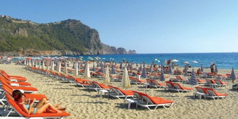 59000 Euro Cleopatra Beach Apartment For Sale in Alanya 1