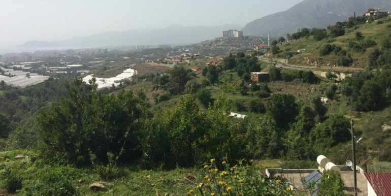 64000 Euro Sea View Lot For Sale in Alanya 8