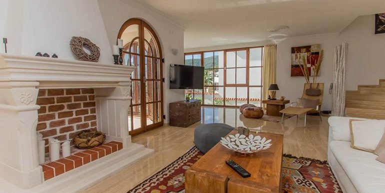 675000 Euro Luxury Villa For Sale in Alanya 8
