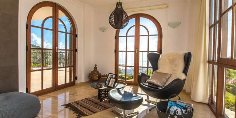 675000 Euro Luxury Villa For Sale in Alanya 13