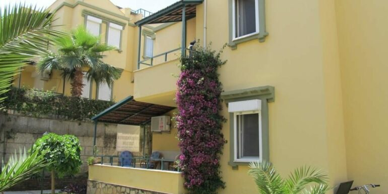 69000 Euro Beachfront House For Sale in Alanya 1