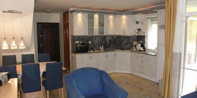 69000 Euro Beachfront House For Sale in Alanya 9