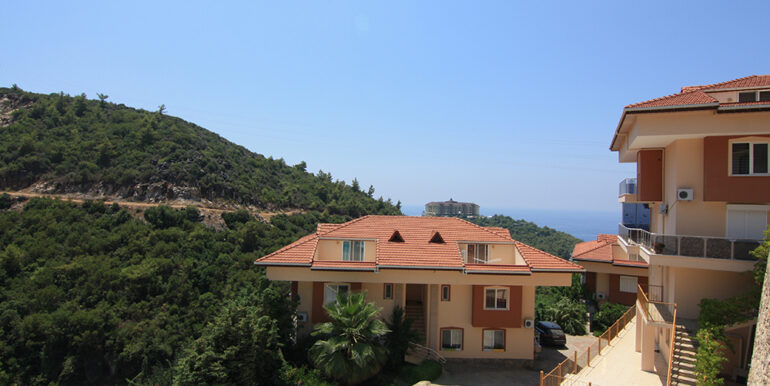 69000 Euro Sea View Apartment For Sale in Alanya 2